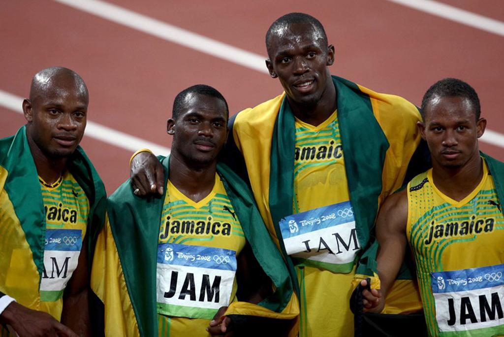 Bolt Pekín 4x100 equipo