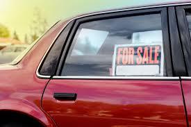foto-not-web-multas-por-vender-coche-en-la-calle